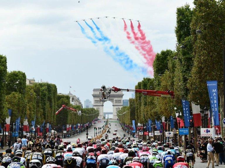 Campos Elíseos final Tour de Francia