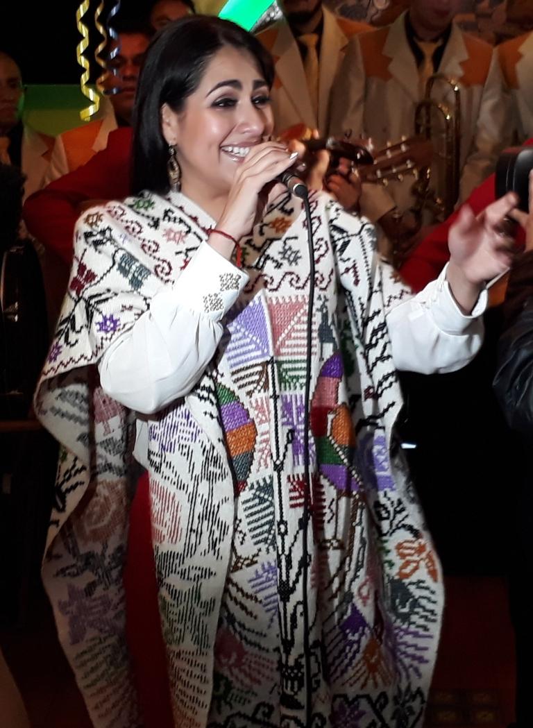 Mónica Rivas mariachi