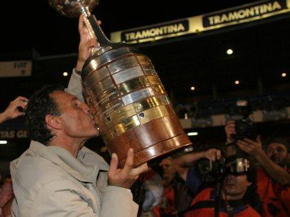 Miguel Ángel Russo, campeón Libertadores 2007